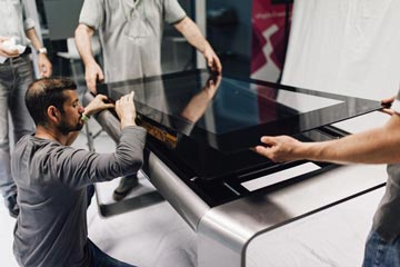 D-Table is an interactive design table made entirely in Italy