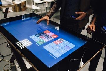 D-Table un design interattivo di Lusso