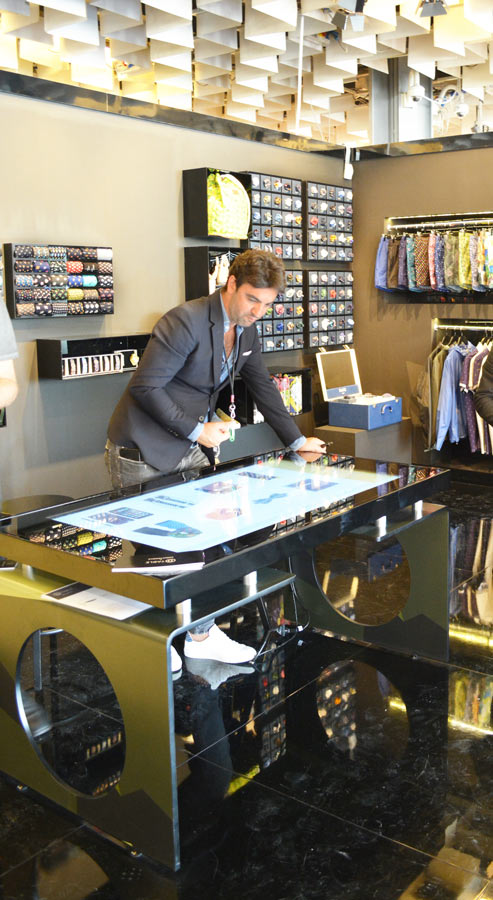 D-Table Business Multitouch Solution