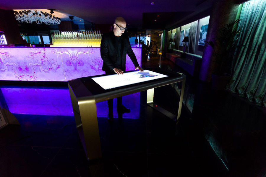 D-Table On Zelos Multitouch Table