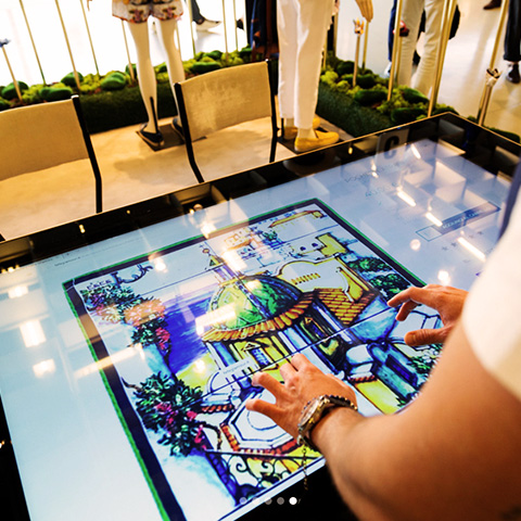 Pitti Uomo 2018 Multitouch Table