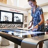 Video Global Blue Multitouch Table