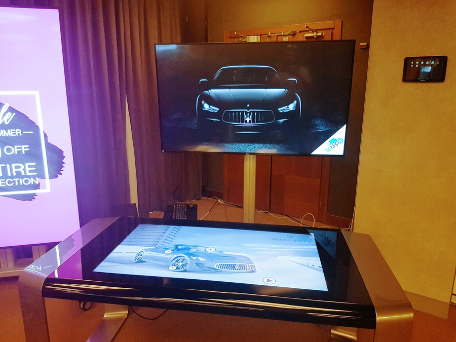 Silver D-Square, Multitouch Luxury Table